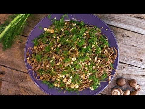 Spaghetti with Sausage, Mushrooms and Fennel