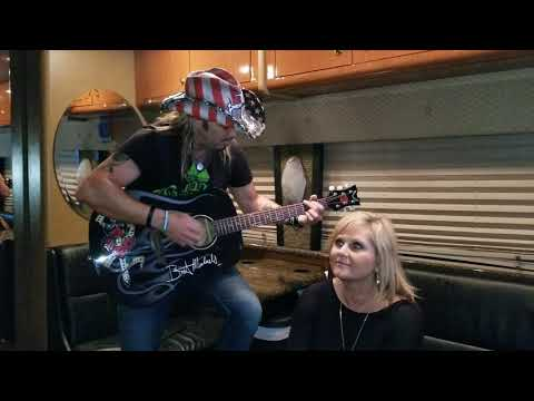 Singing with Bret Michaels