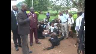 FAYOSE HUMILIATES WORKERS FOR LATENESS