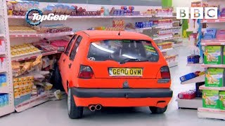 Richard Hammond and team play Supermarket Sweep in Hatchbacks - Top Gear: Series 21 Episode 1 - BBC