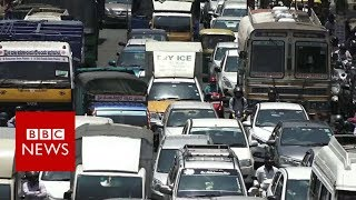 The Indian city where people spend 250 hours a year in traffic - BBC News