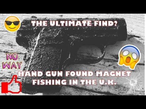 MAGNET FISHING! FINALLY FOUND A HAND GUN! POLICE BATON! SAFE!