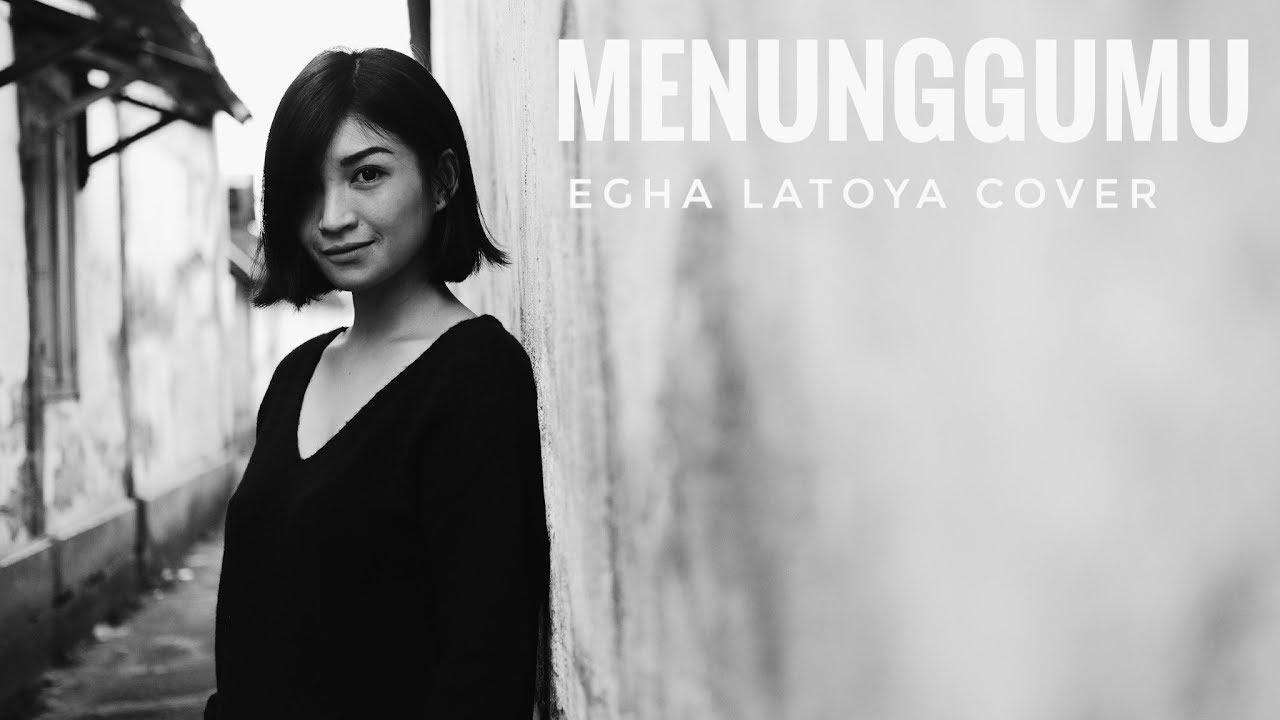 EGHA DE LATOYA -MENUNGGUMU (PETERPAN) - LIVE ACOUSTIC