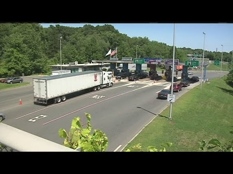 Tolls on the Mass Pike could be cash free by 2016