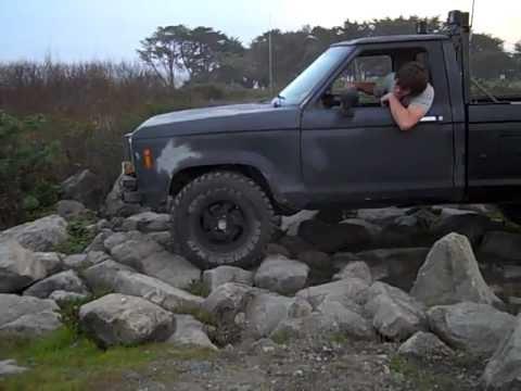 1985 ford ranger 4x4 rock crawling