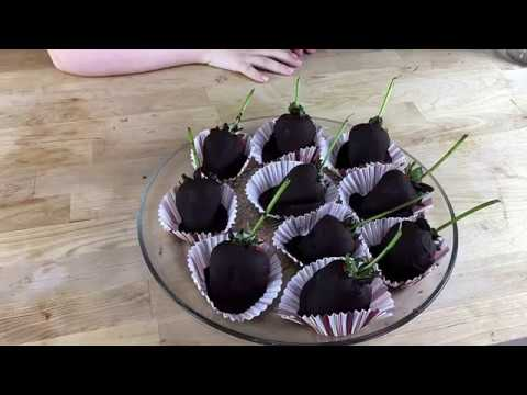 Double Dipped Keto Chocolate Strawberries!