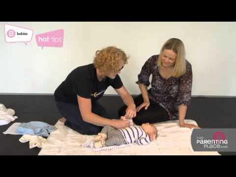 The Sleep Store | Newborn sleep P1 | Sleeep, colic, settling newborns | How to swaddle & wrap baby
