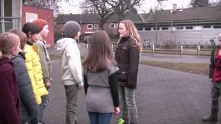 Tina und die böse Clique - Kurzfilm gegen Mobbing *with english subtitles* (Tina and the evil Gang)