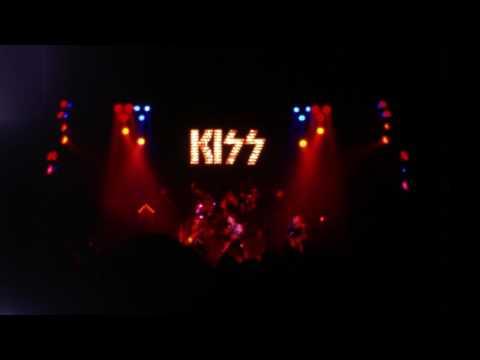 KISS - Waterbury CT - December 18 1975 (Version 2)