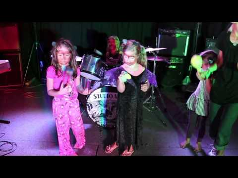 Five Little Monkeys - The Superstars!