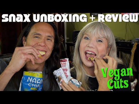 Vegan Snacks Unboxing & Mukbang