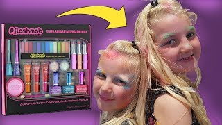 Blindfolded Make Up Challenge for Kids using #flashmob make-up with eyeshadow and lipstick