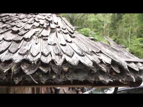 How to make bamboo roof shingles