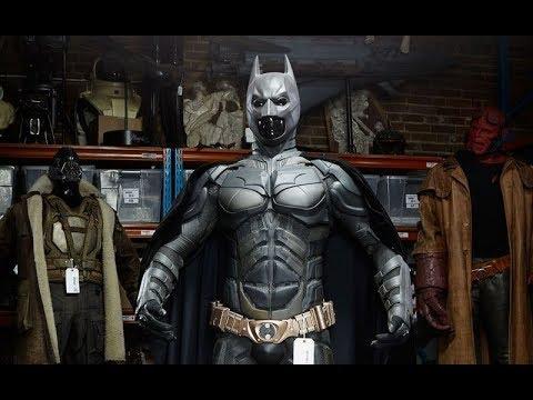 Creating New Batsuit 'The Dark Knight' Featurette [+Subtitles]