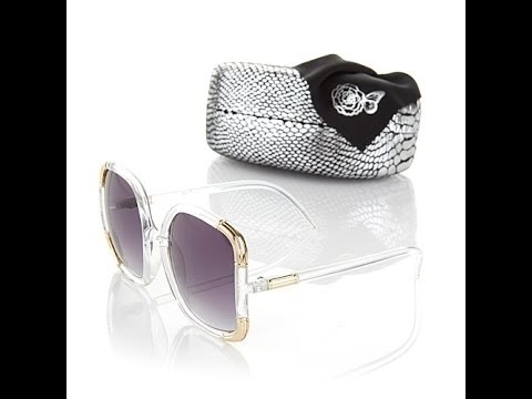 Signature Square Sunglasses with Hard Case