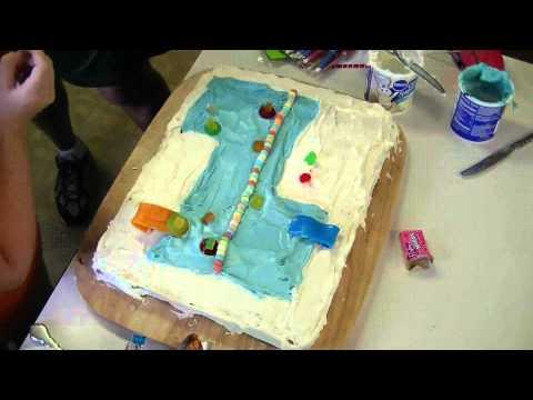 20110722_decorating_bday_pool_party_cake.mts.avi