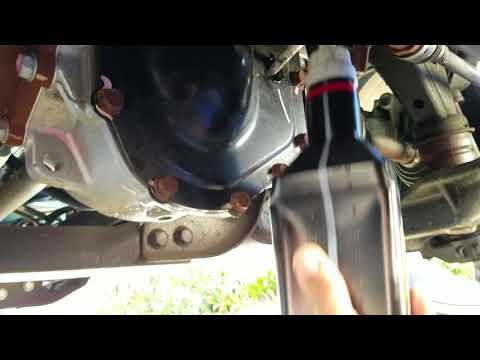 2017 2500 HD Diesel Front Differential Fluid Change to Amsoil