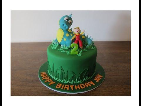 Dinosaur Cake - Tutorial