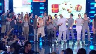 Just the 2 of us(Mega)-Xristougenniatiko tragoudi!!(9o Live)
