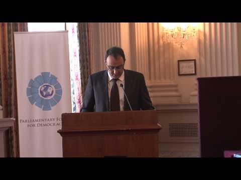 الرئيسية السيد كريم غلاب يبرز بواشنطن دور المؤسسة البرلمانية في تعزيز الاستثناء المغربي