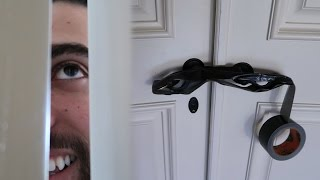 TRAPPED ROOMMATE WITH DUCKTAPE PRANK