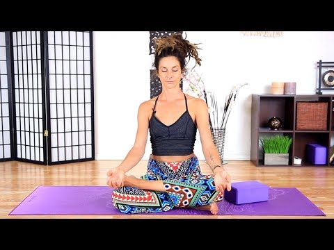 Yoga For Beginners - 15 Minute Deep Stretches for Back Pain