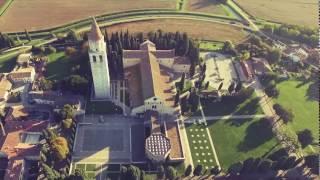 Il drone vola sugli scavi di Aquileia - Drone flies over archaeological sites of Aquileia