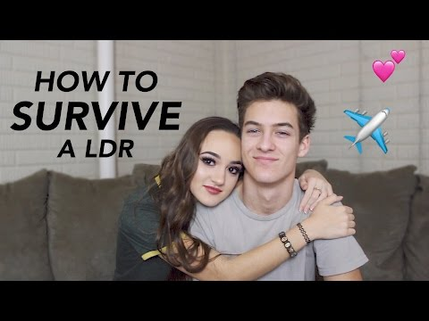 HOW TO SURVIVE A LONG DISTANCE RELATIONSHIP