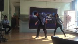 """Nashe Si Chad Gayi"" Superb Performance by Sonia Kadam and Sanket Kini"