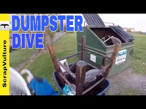 REAL TIME ACTION - Treasure Hunting Dumpster Dive Scrapper Style