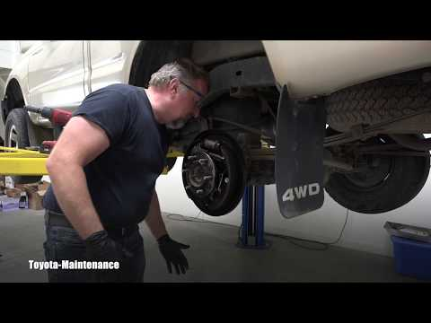 Toyota Tacoma Rear Axle Oil Seal Replacement