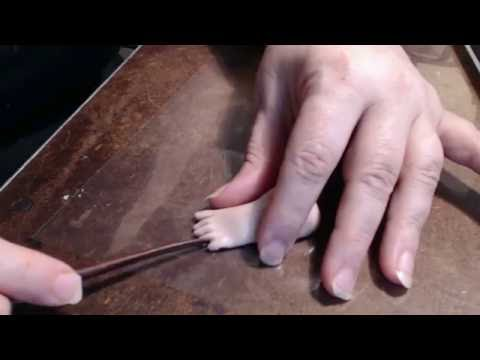 Tutorial for sculpting polymer clay feet with toes Part two