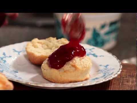 How to make scones for a perfect Cornish clotted cream tea
