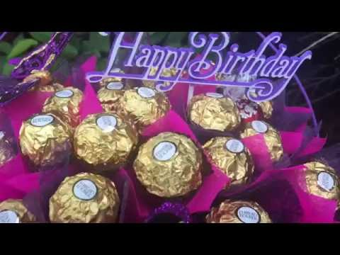100 Ferrero Rocher / Lindor Lindt Chocolate Bouquet