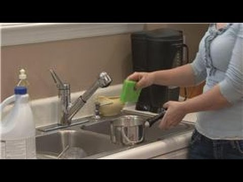 House Cleaning & Stain Removal Tips : Cleaning Magnalite Cookware
