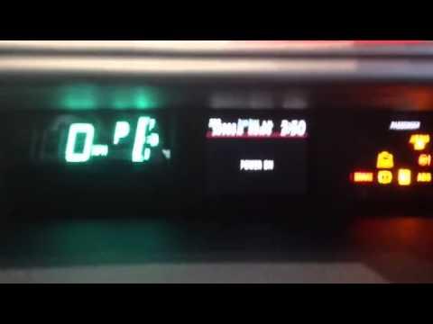 2013 Toyota Prius C Speedometer / odometer MPH to KPH
