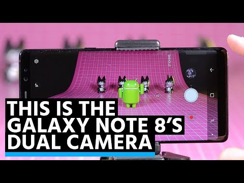 This is the Galaxy Note 8's dual camera