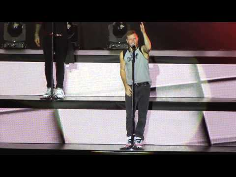 [Fancam] 030515 Backstreet Boys at IAWLT Malaysia - I'll be the one (Brian focus)