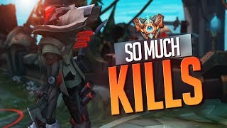 Doublelift - GETTING SO MANY KILLS (Challenger btw)