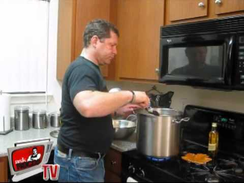 Preparing and Cooking your Chicken Broth and Gelatin