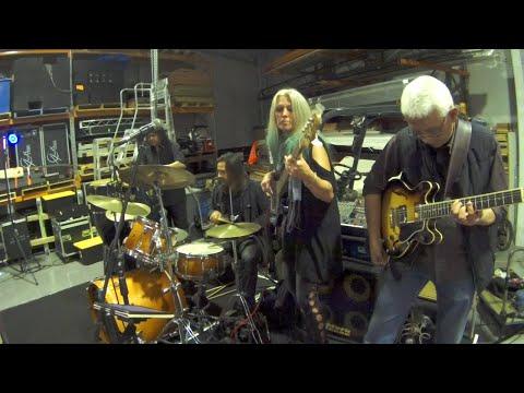 Rebecca Johnson Band *PRICE TAG* (18/8/17)