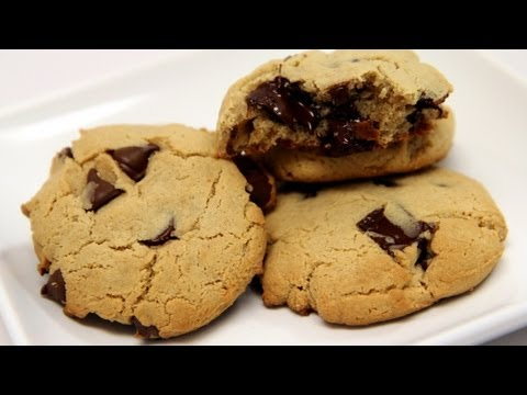 The BEST gluten free cookies ever! Homemade recipe with Ariyele! - CookingWithAlia - Episode 232