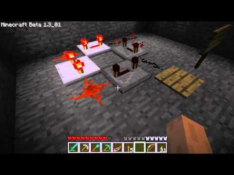 Minecraft redstone repeater clock bug