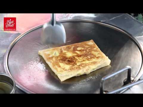 Pattaya Street Food | Thai Pancake Banana And Egg Roti - Beach Road | Thai Street Food