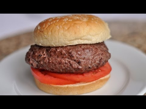 How to cook a 1/2 pound Hamburger Sous Vide  / World of Flavor