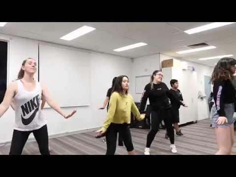 Ladies' Code 레이디스 코드 - Kiss Kiss 키스 키스 Dance Cover - KDR Dance Class