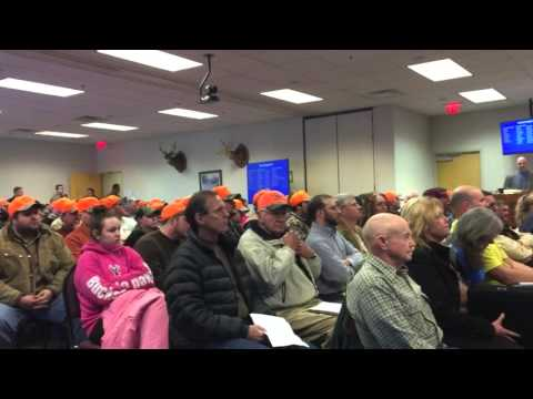 Hound hunting discussion at the Virginia Department of Game and Inland Fisheries meeting