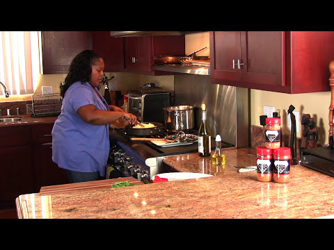 Shrimp in Garlic and White Wine Sauce (Cooking with Carolyn)