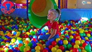 VLOG Ярослава в Развлекательном Центре Игровая Детская Комната Amusement Center Kids Playroom