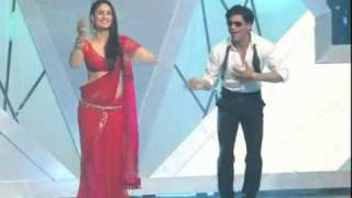 Shahrukh Khan And Kareena Kapoor Perform At Ra One s Music Launch   YouTube